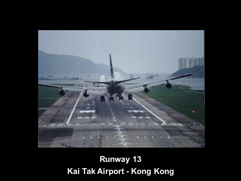 Runway 13 Kai Tak Airport - Kong Kong