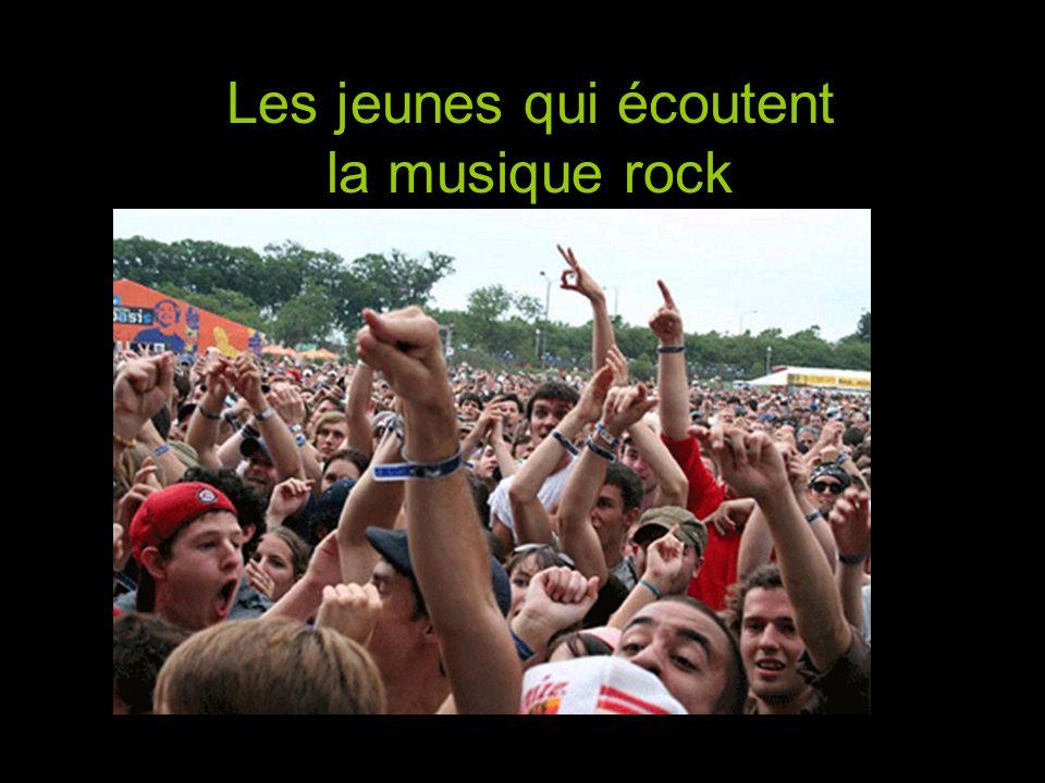 Les jeunes qui écoutent la musique rock