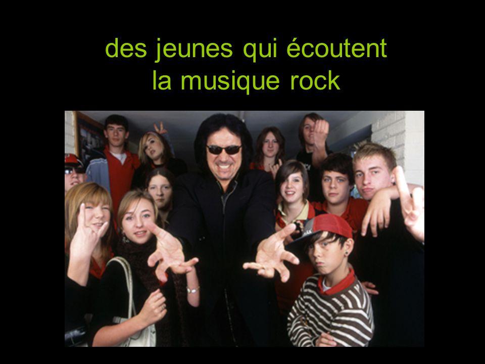 des jeunes qui écoutent la musique rock