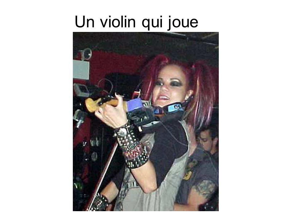 Un violin qui joue
