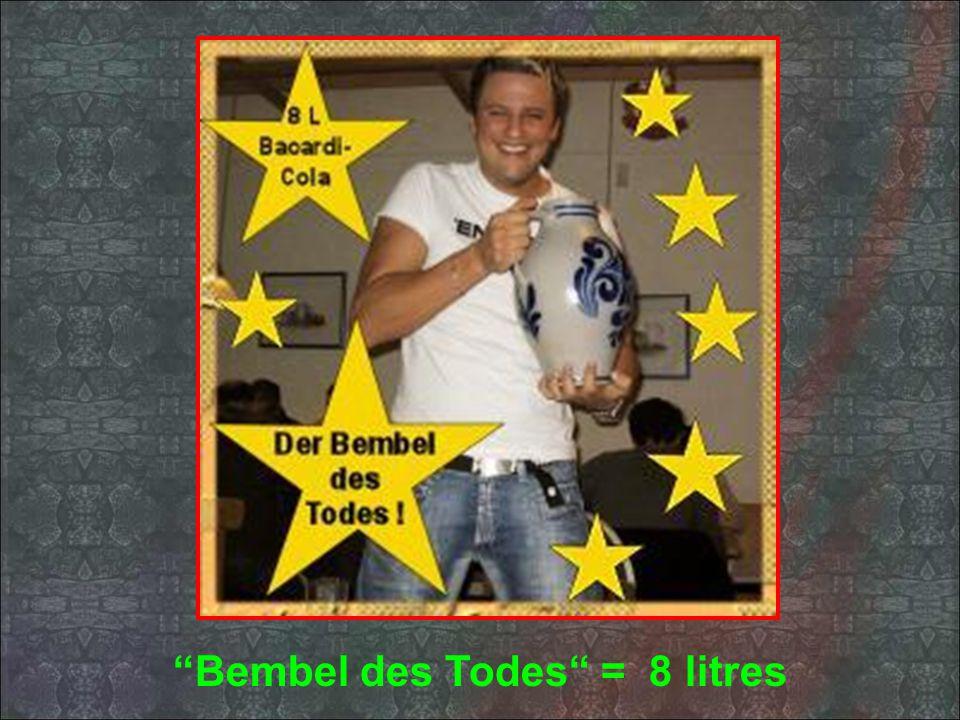 Une des spécialités cest le Bembel des Grauens Mélange de ruhm Bacardi & de Coca cola... En verre de 4 litres!!!