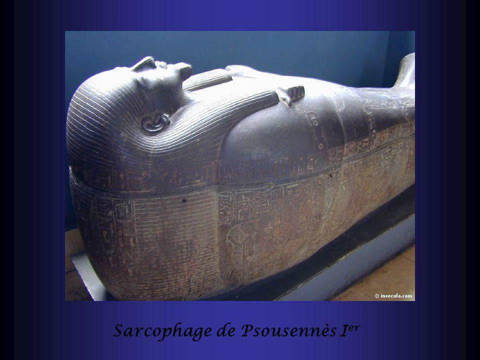 Sarcophage de Psousennès I er