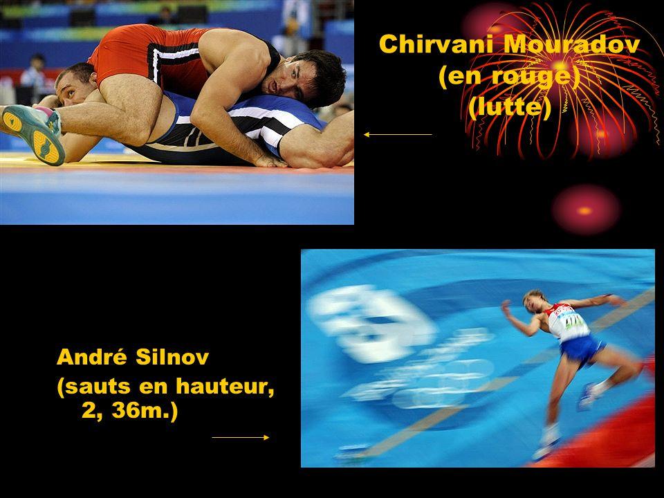 Chirvani Mouradov (en rouge) (lutte) André Silnov (sauts en hauteur, 2, 36m.)