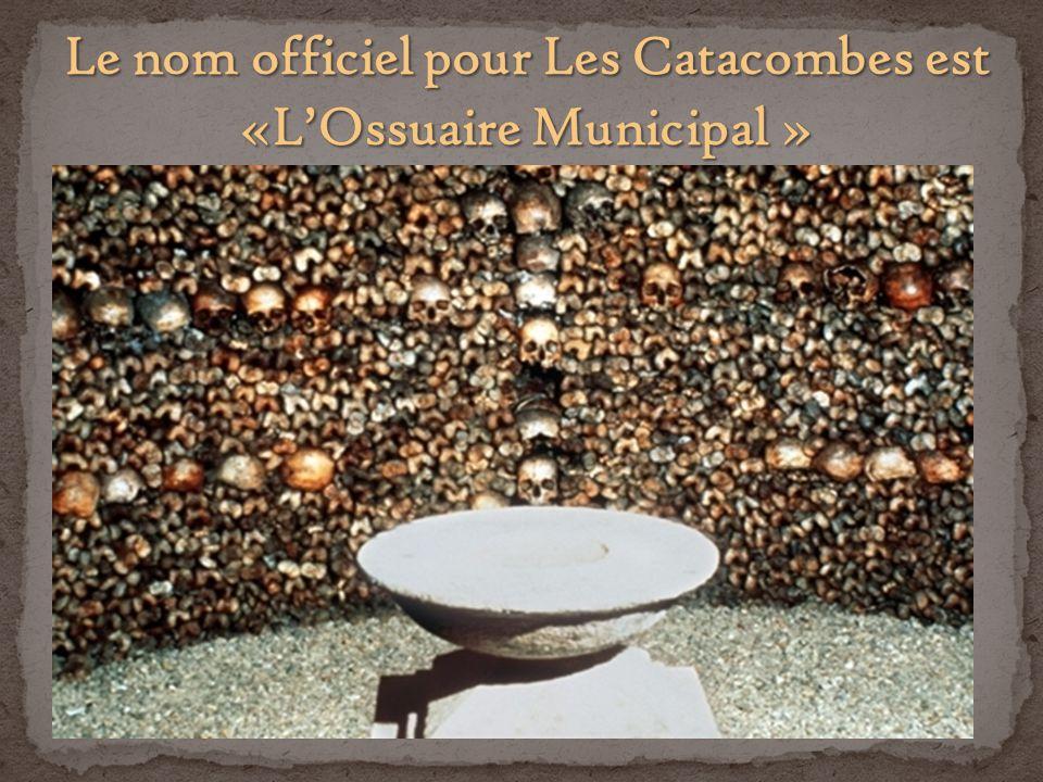 Le tour officiel passe seulement les carrières dans le 14 ème arrondissement, mais il y a dautre carrières dans le 5 ème, 6 ème, 12 ème, 13 ème, 15 ème et 16 ème arrondissement.