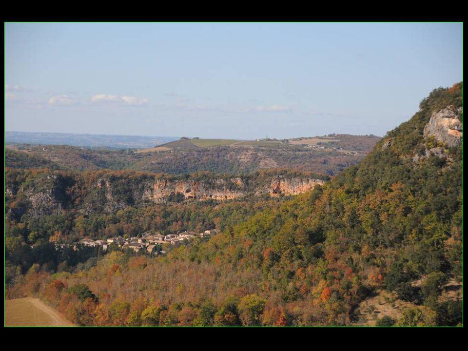 Puycelsi Région : Midi-Pyrénées Département : du Tarn Arrondissement : Albi Canton : Castelnau-de-Montmiral 495 habitants