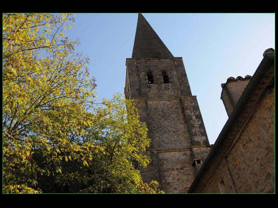 Eglise Saint-Corneille des XIV et XV me siècles et de style gothique méridionnal