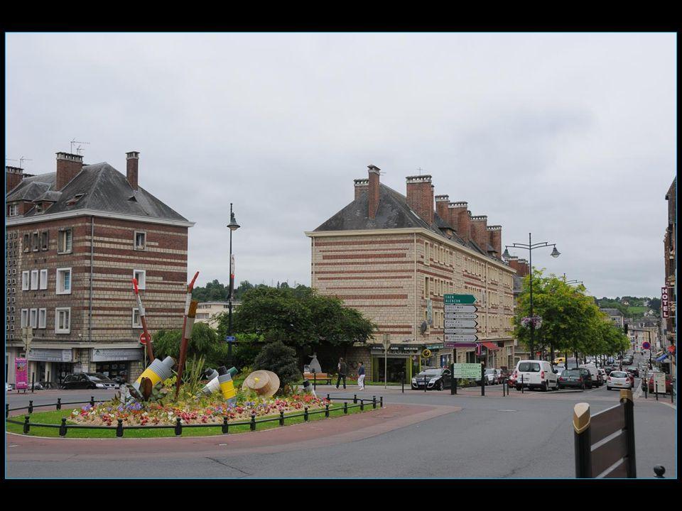 Les voyages BUCHARD LA NORMANDIE Eté 2013 Lisieux défilement automatique