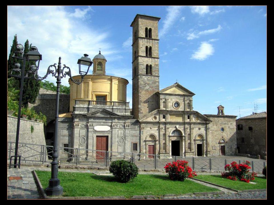 Le Pape Urbain IV et Saint Thomas dAquin, en séjour à Orvieto, purent constater eux-mêmes le prodige