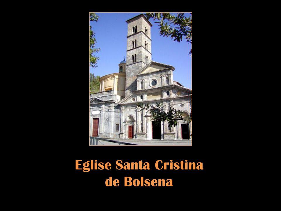 Bolsena est célèbre pour le miracle du Corpus Domini et pour les tableaux plastiques exécutés par des figurants dans la soirée de la veille de la fête de Sainte Christine, sainte patronne de la ville.