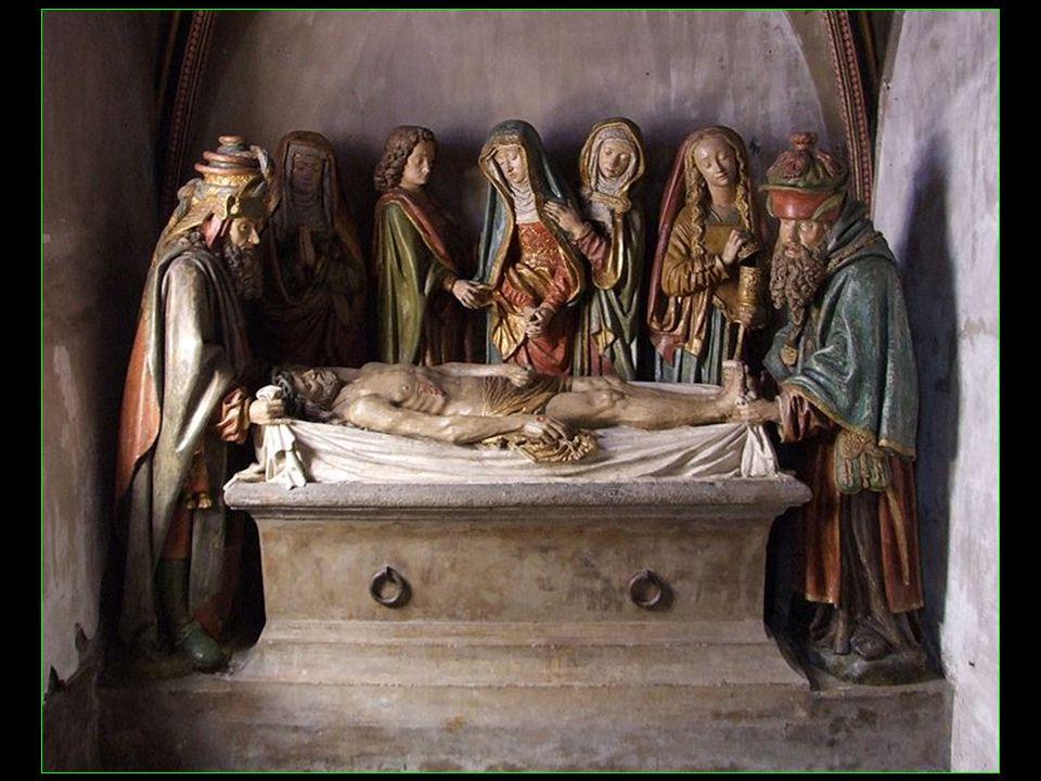 Mise au tombeau polychrome datée de 1495 offerte par le père Géraud Vitalis pour la reconstruction et la consécration de léglise