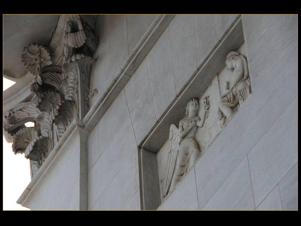 Darchitecture baroque, La Cathédrale fut édifiée Pour Accueillir une image de la vierge, La Madonna dellOrto, Devenue Objet de vénération