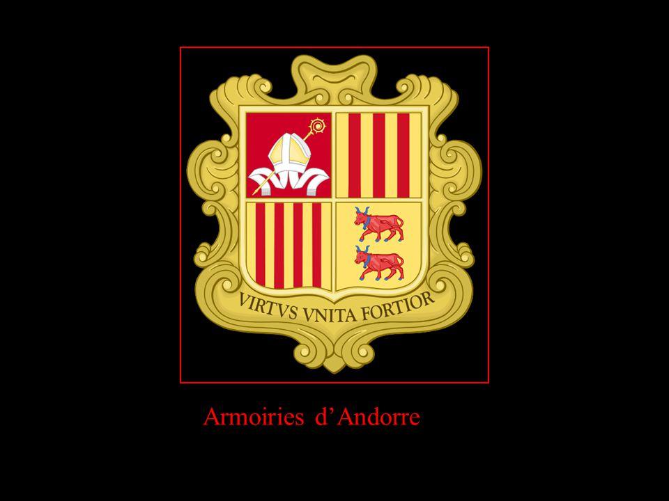 En Andorre = Propreté des rues absolue, soit trois passages de la voirie par jour (matin et soir la balayeuse, et les hommes aux balais en journée)