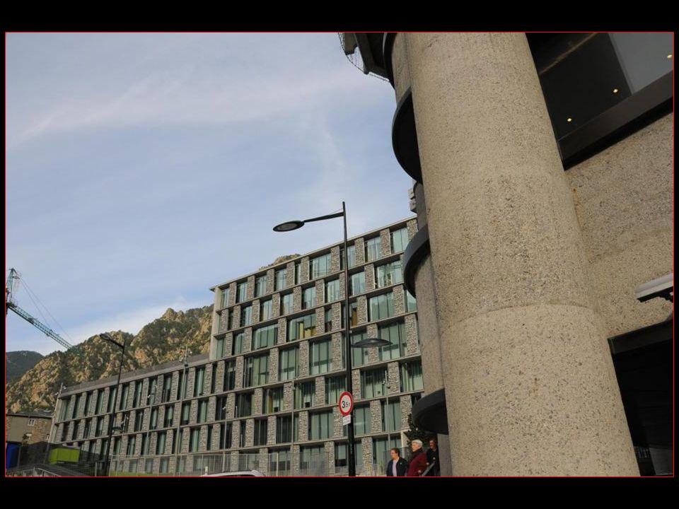 En Andorre Pas darmée donc des frais en moins !!!