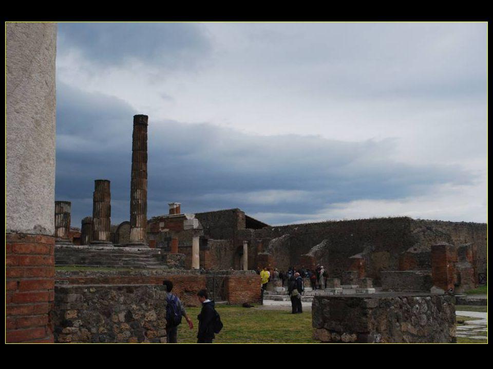 Tempio di Giove Foro Temple de Jupiter et le Forum