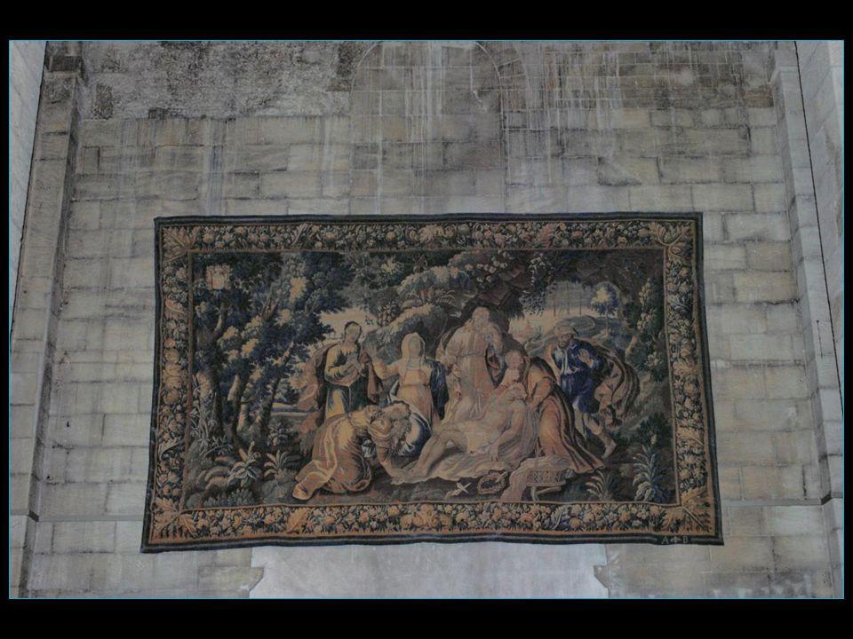A la Chapelle de Saint–Sépulcre de léglise Saint-Trophime