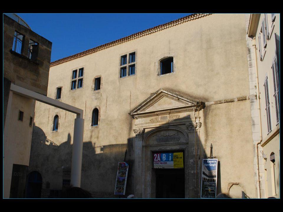 Hospice et espace Vincent van Gogh