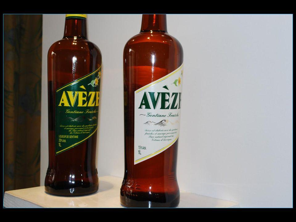LAvèze est une liqueur de gentiane fabriquée à Riom-ès-Montagnes dans le Cantal