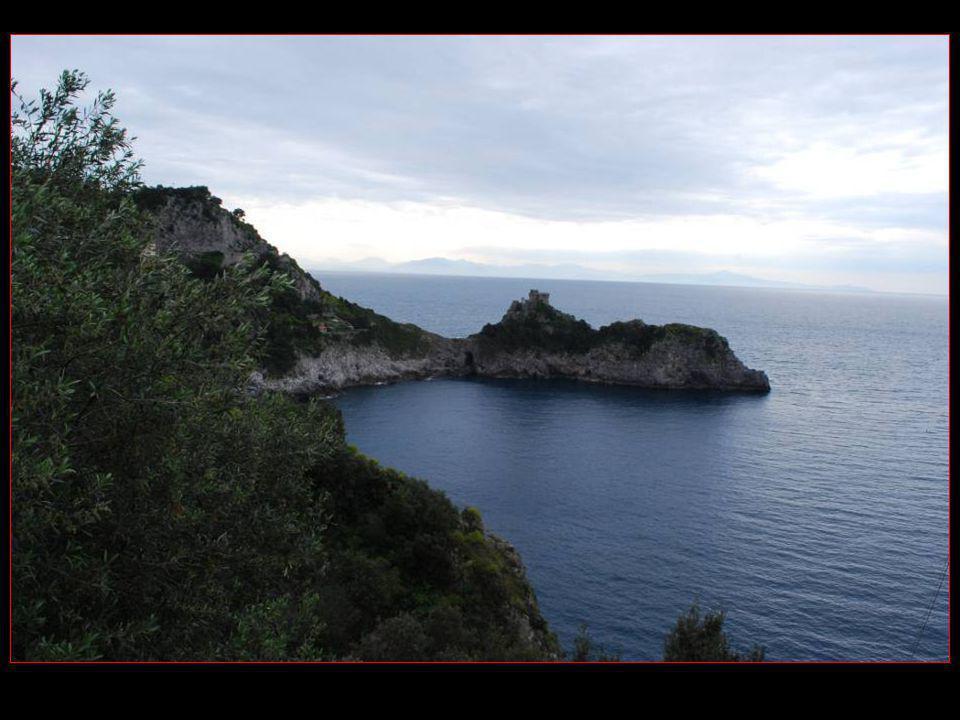 Arrêt en face de la baie de Conca dei Marini