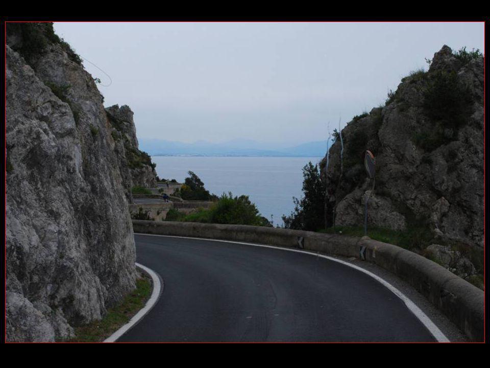 Vue sur le golfe de Vietri sul Mare et Salerno