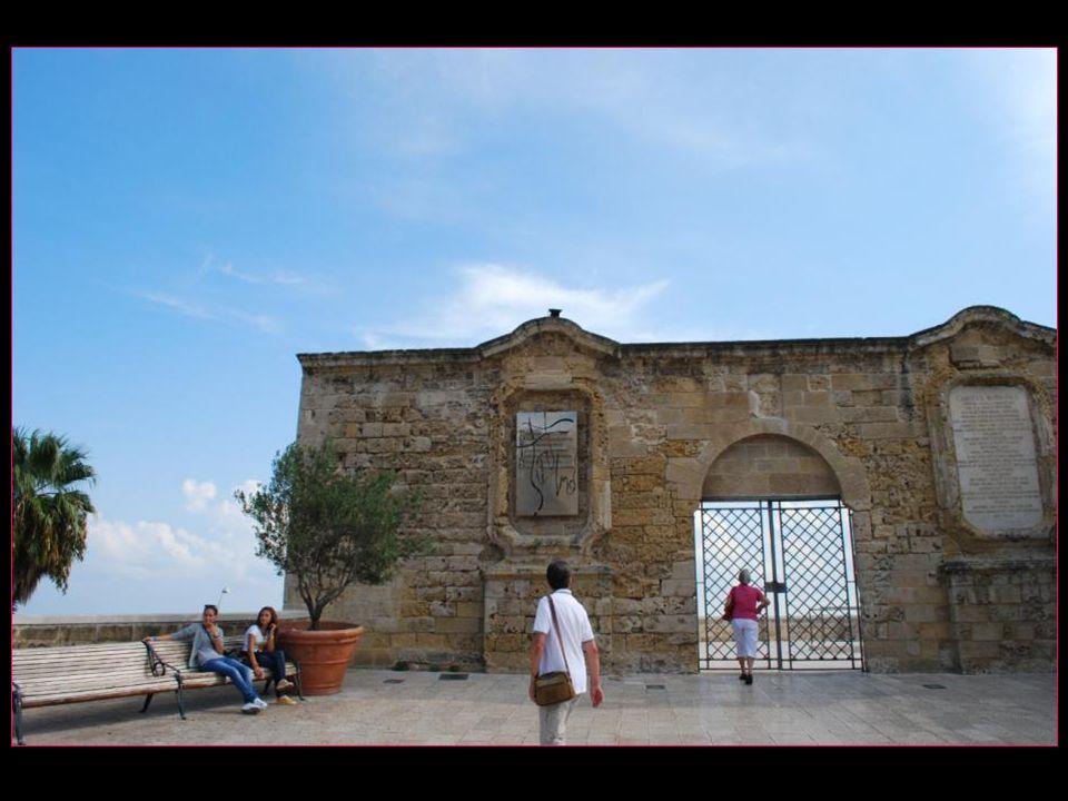 Les remparts de Bari