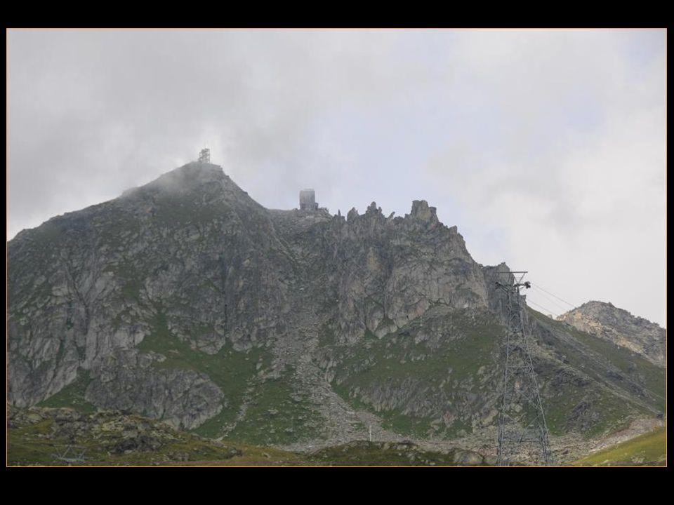 en 2001, lUNESCO a inscrit le site Alpes suisses Jungfrau – Aletsch au patrimoine mondial
