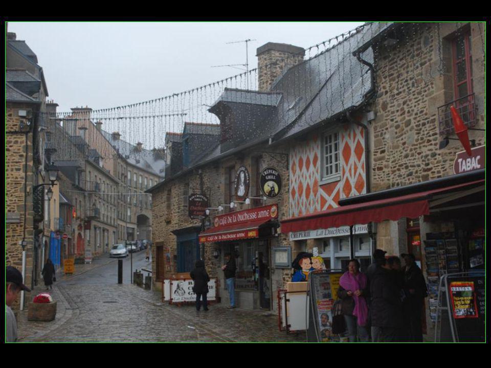 Fougères Ville de 20000 habitants de la région Bretagne Département de LIlle-et-Vilaine