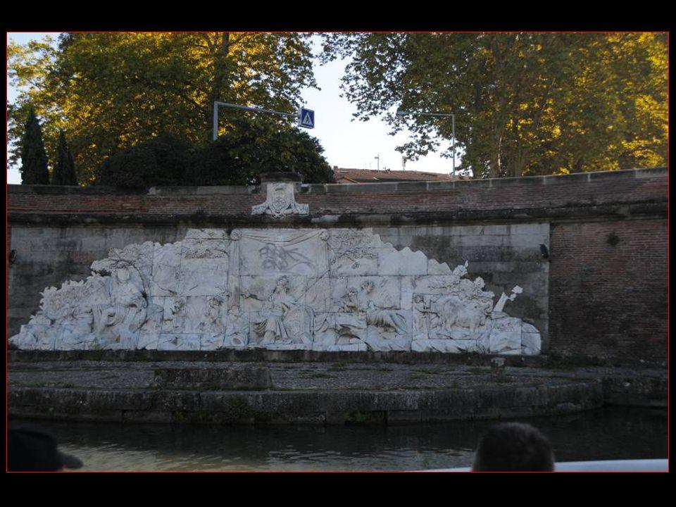 Bas-relief en marbre réalisé par François Lucas, Alors Professeur À lacadémie royale, En lan 1775