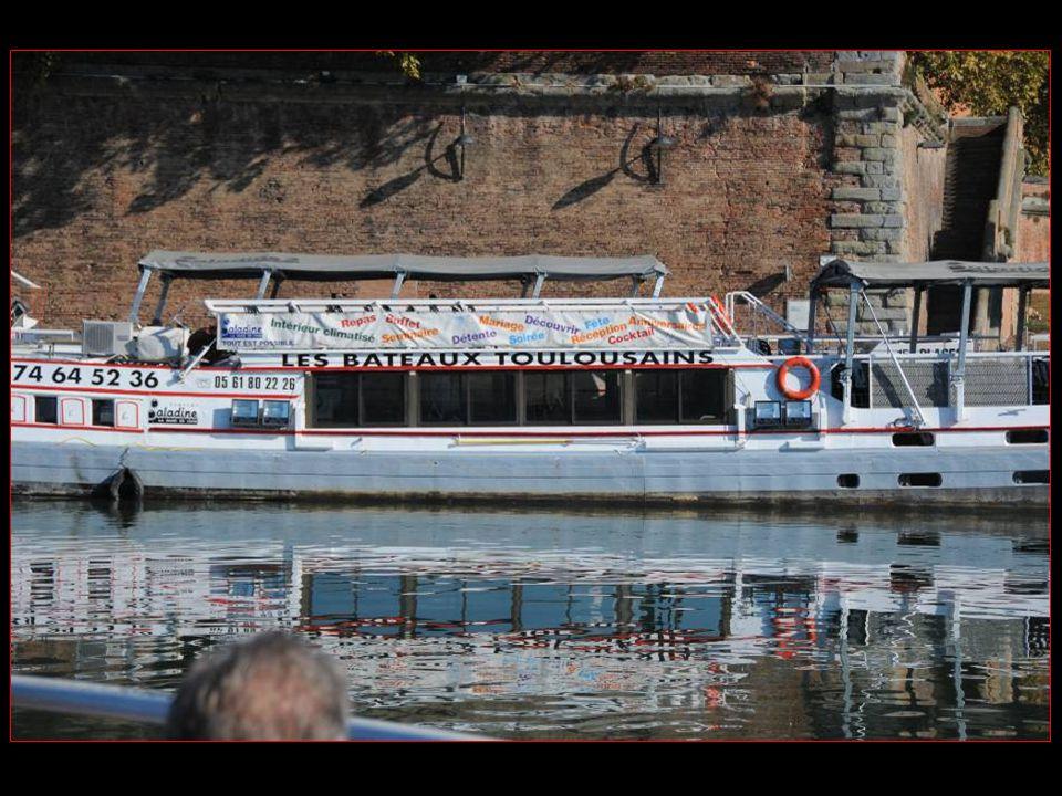 MINI croisière sur la Garonne et le canal de Brienne avec notre bateau Le Capitole