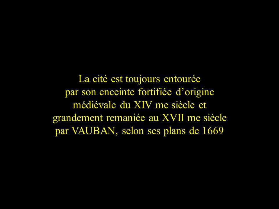 Cest à Villefranche-de-Conflent qua été tourné par André Hunebelle en 1959 « le Bossu » avec Jean Marais et Bourvil