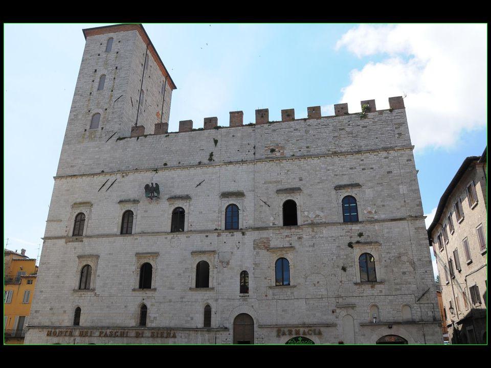 Palazzo dei Priori 1334 - 1347