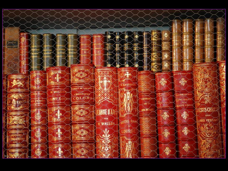 la riche bibliothèque
