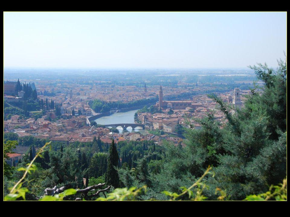 de ce belvédère, une très belle vue de la ville de Vérone