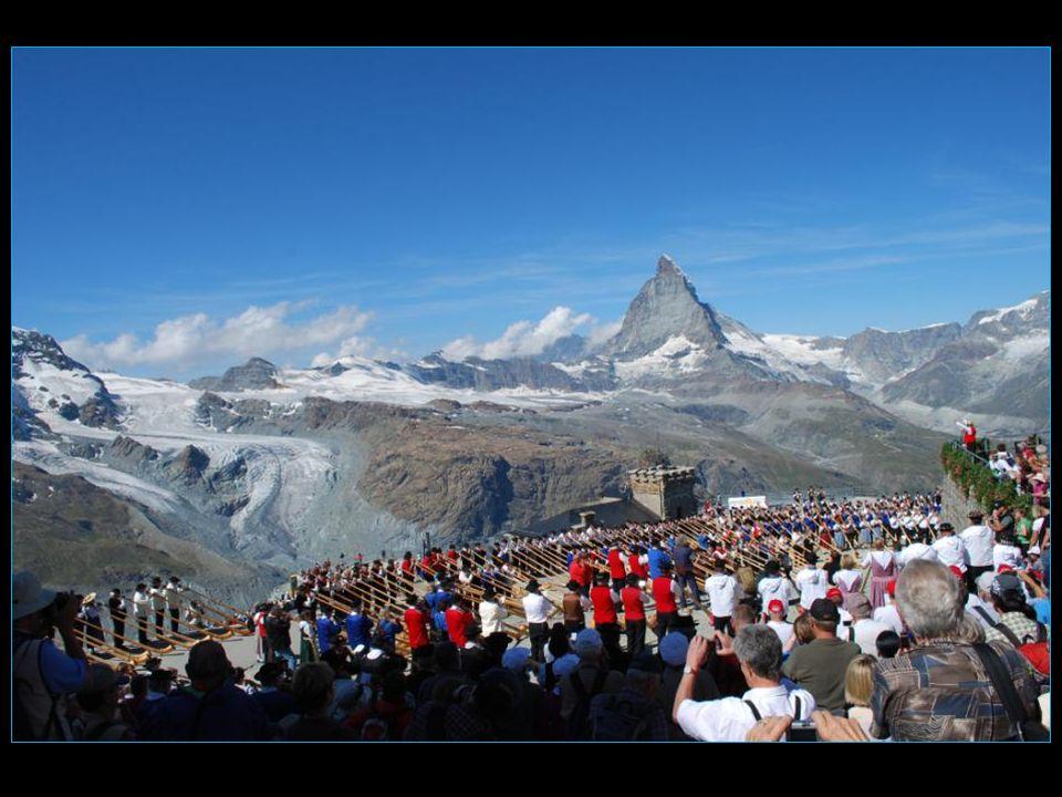 ce jour-là 366 joueurs et joueuses de cor des Alpes