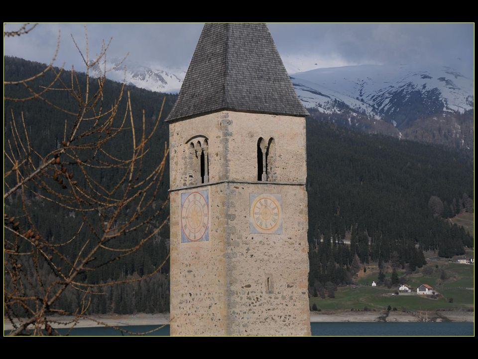 clocher du XIV me siècle
