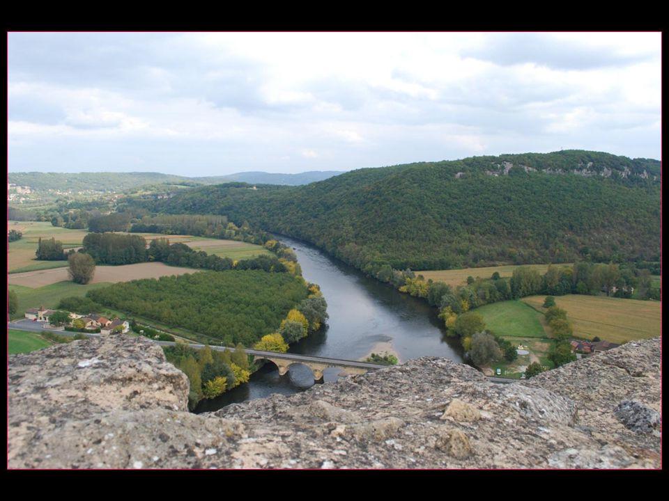 Depuis le château vue sur la Dordogne