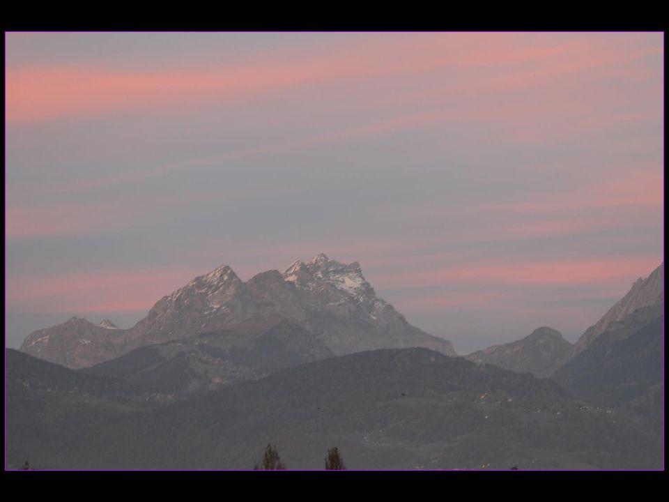 Coucher de soleil sur les Alpes vaudoises le 25 octobre 2013