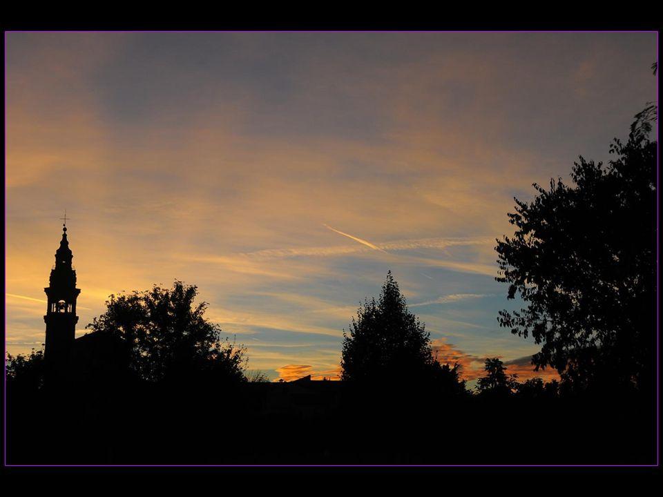 Coucher de soleil à Montecchio en Emilie-Romagne le 17 septembre 2013