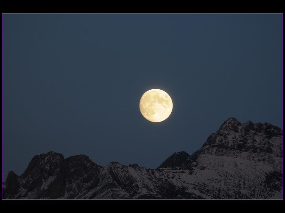Au soir du 17 octobre 2013 Madame La pleine Lune ose se lever
