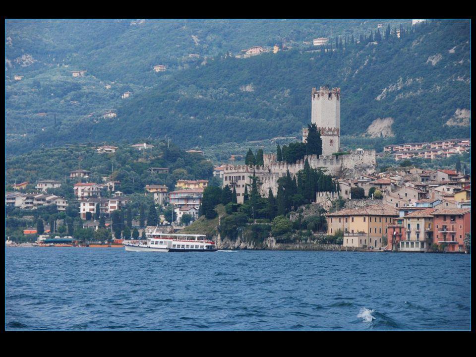 Château fort des XIII et XIV mes siècles construit par les della Scala, emblème de Malcesine