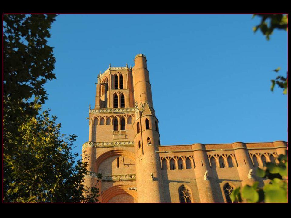 Les voyages Buchard AU FIL DU TARN Automne 2011 Albi la cathédrale Sainte-Cécile défilement automatique