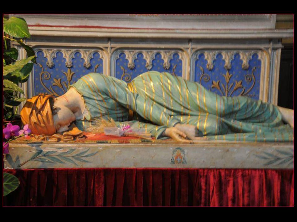 Pour les musiciens, lunique cathédrale dédiée à Sainte-Cécile, leur sainte patronne