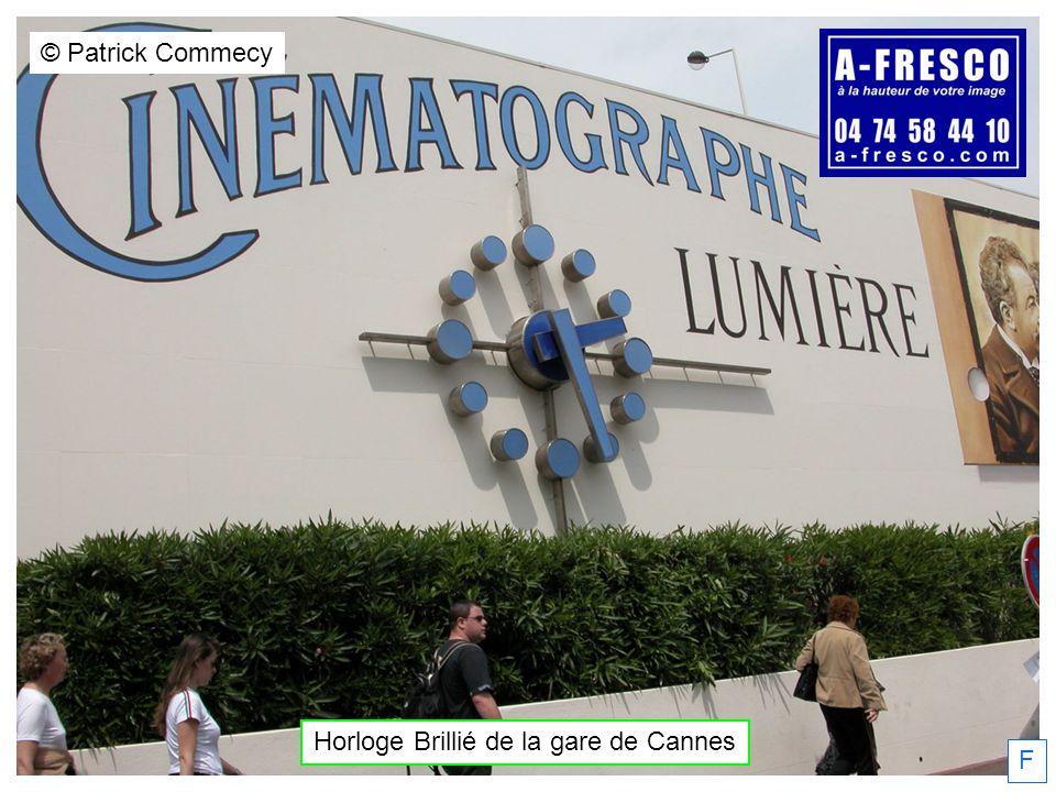 Horloge Brillié de la gare de Cannes © Patrick Commecy F diamètre : 34 cm hauteur : 18 cm hauteur support : 7 cm diamètre : 27 cm hauteur : 18 cm hauteur support : 7 cm Daniel Fonlupt, 20/02/2013