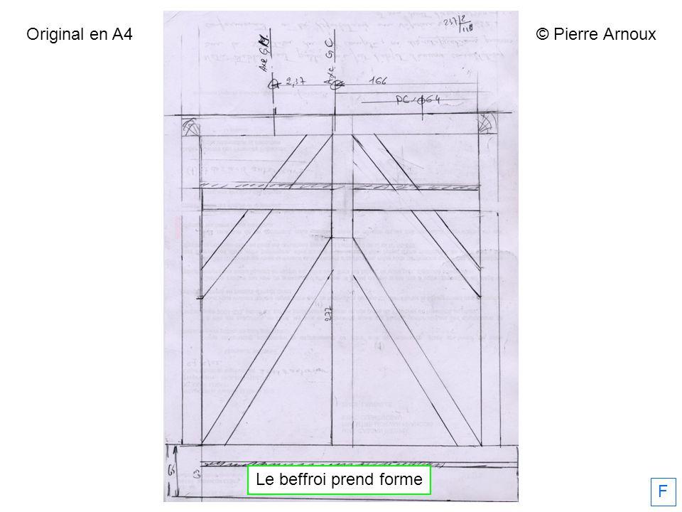 Le beffroi prend forme F © Pierre Arnoux Original en A4