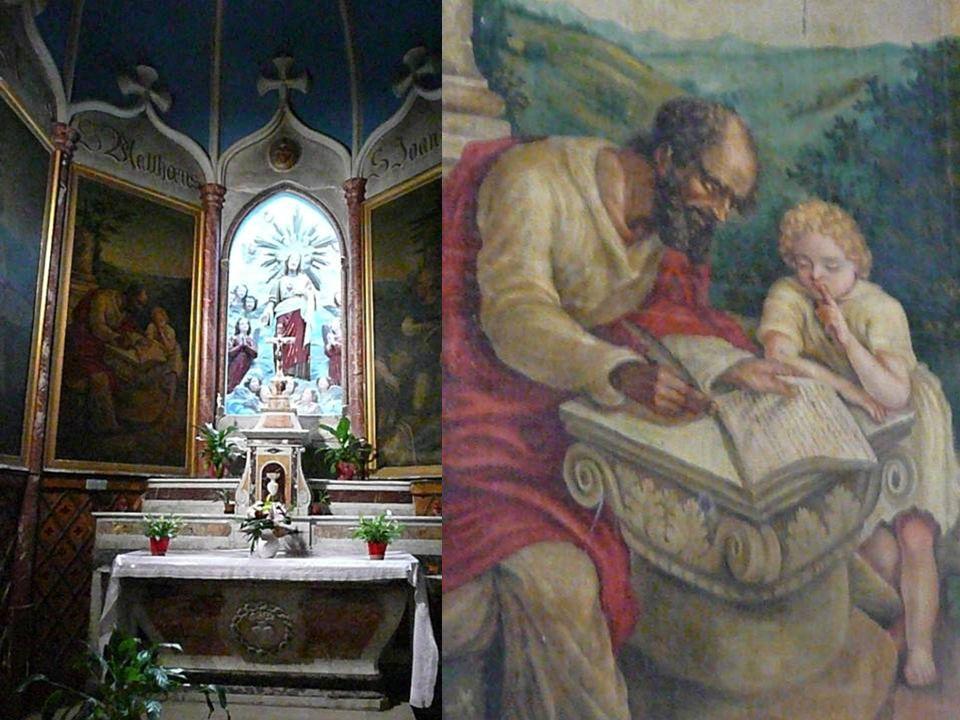 Elle possède un maître-autel du XVIIIème siècle provenant de labbaye de Valmagne et deux statues de la Vierge ainsi quun orgue et une petite cloche, t