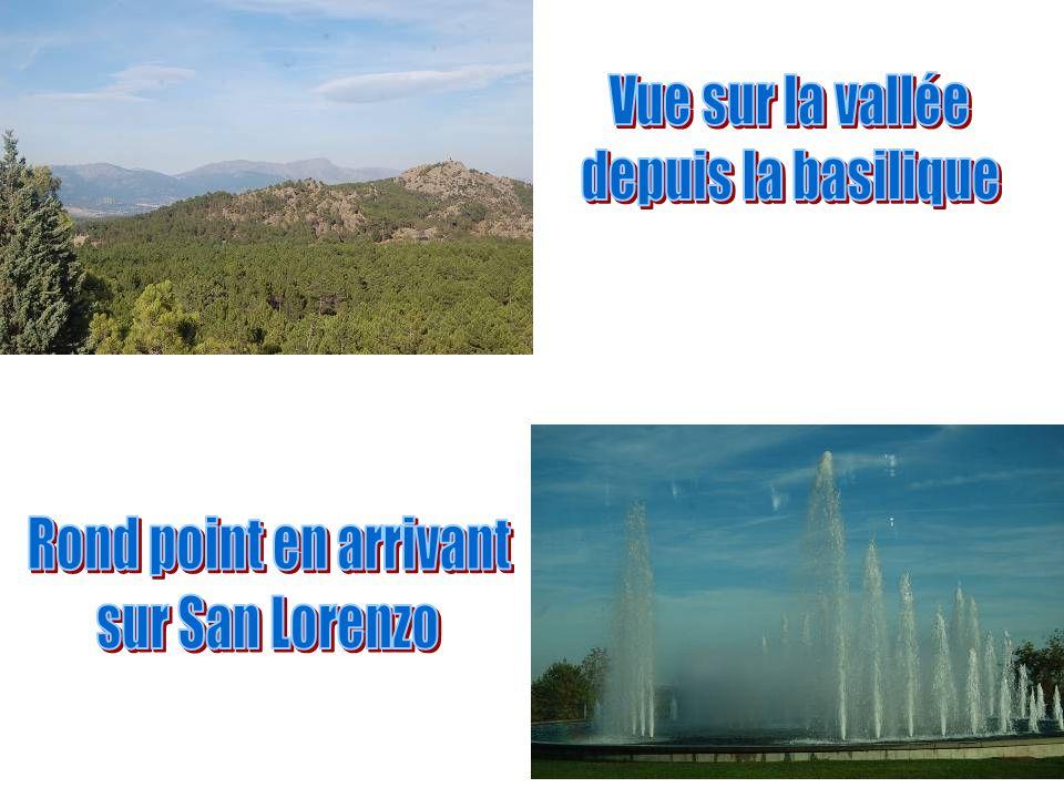 LAbbaye,Abadía de la Santa Cruz del Valle de Los Caídos est un gigantesque monument espagnol de lépoque franquiste, situé dans la vallée de Cuelgamuro