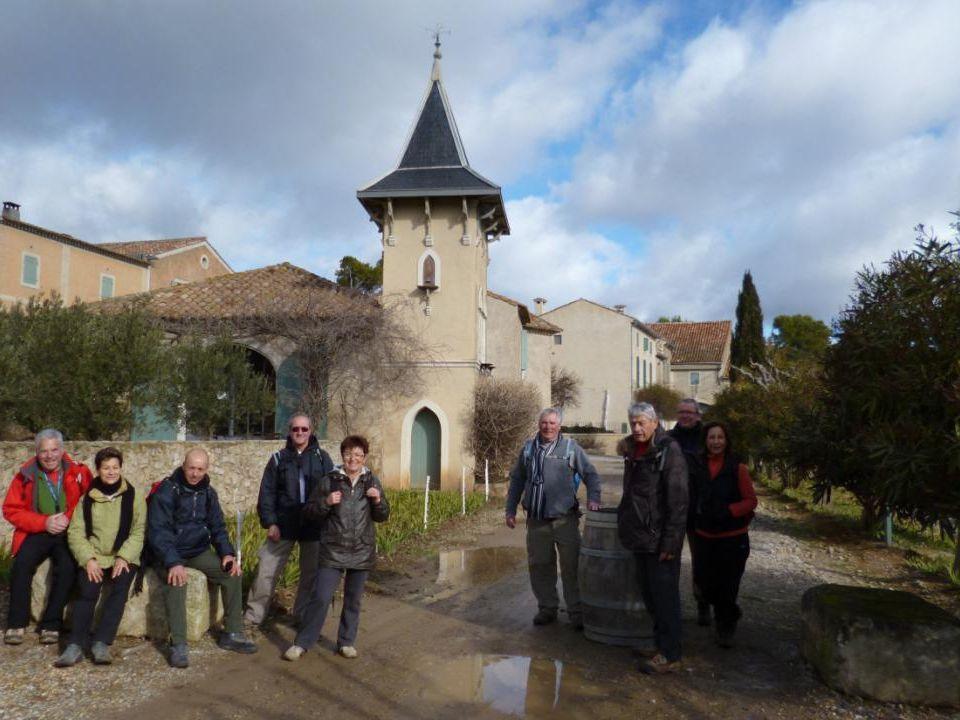 La Quirou signifie «petite rocher» en occitan le vignoble du Château Laquirou est logé dans une vallée en forme de coquillage, qui le protège des vents parfois violents.