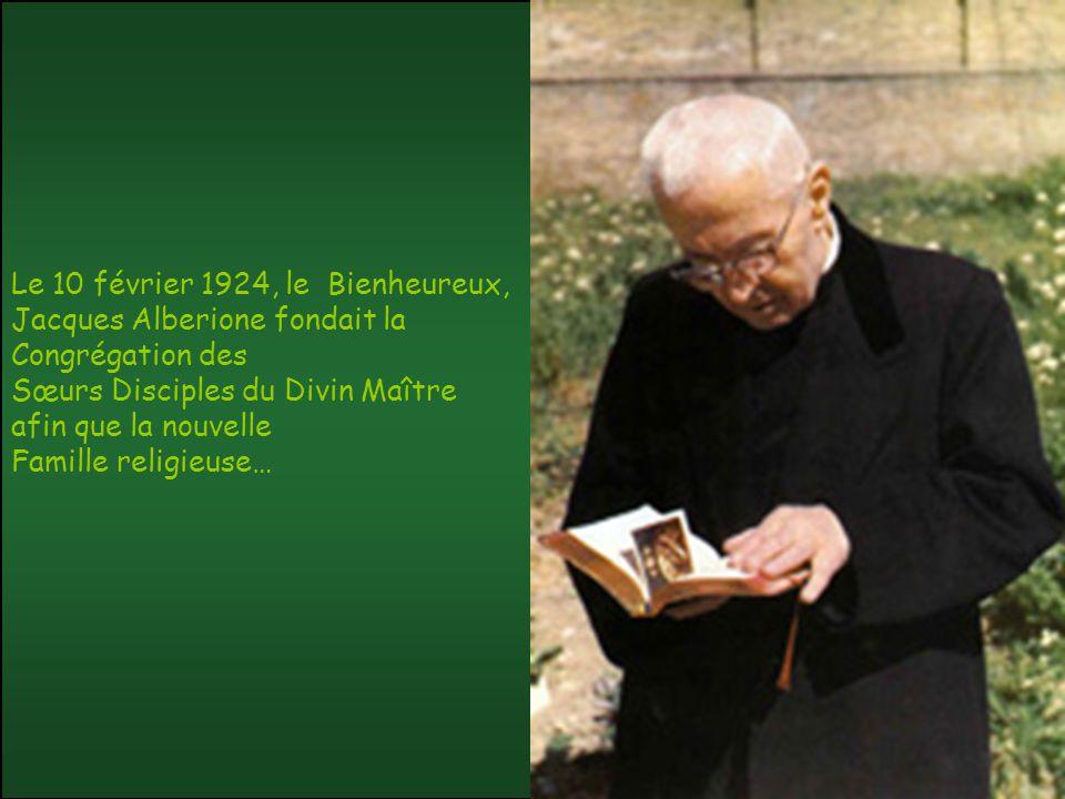Le 10 février 1924, le Bienheureux, Jacques Alberione fondait la Congrégation des Sœurs Disciples du Divin Maître afin que la nouvelle Famille religieuse…