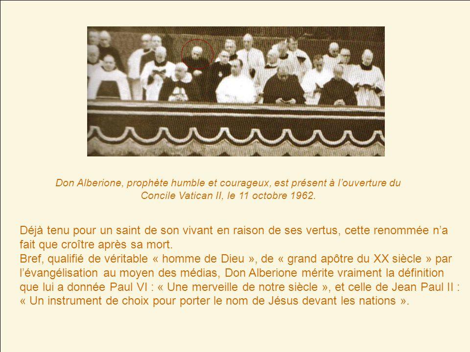 Don Alberione rend lâme à Dieu le 26 novembre 1971 à 18 heures 25 après avoir reçu la visite du pape Paul VI, son admirateur et ami. Il avait quatre-v