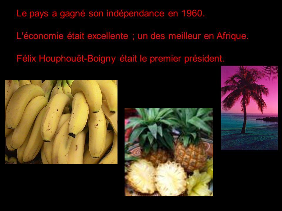 Le pays a gagné son indépendance en 1960. L'économie était excellente ; un des meilleur en Afrique. Félix Houphouët-Boigny était le premier président.