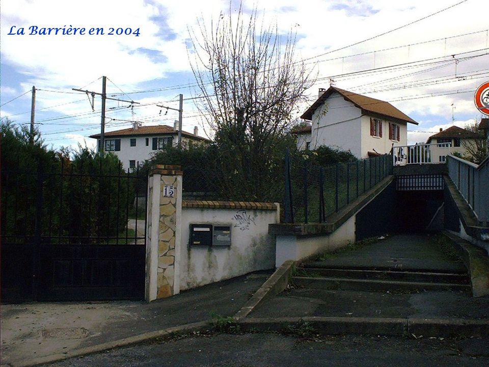 Anciennement Charbonnier Acha Rue Subernoa